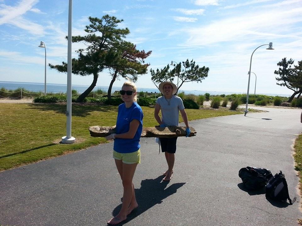 Volunteers cleanup in Ocean View Photo Credit: Keep Norfolk Beautiful